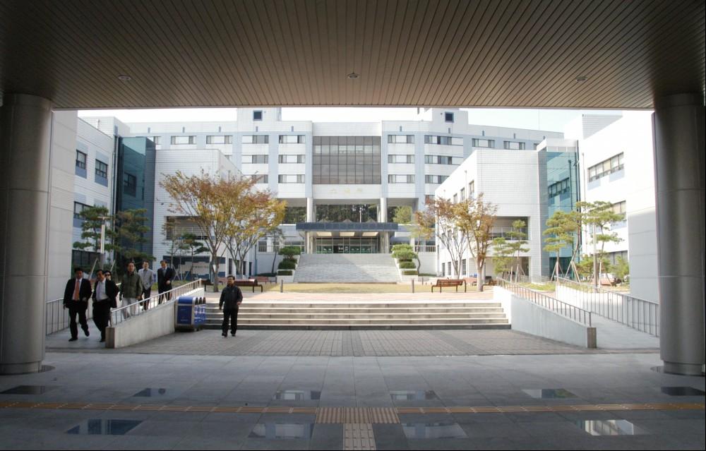2011. 졸업연구작품 전시회 참관 VIP 교내 시설투어