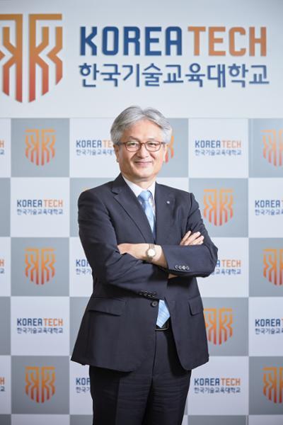 [월간HRD]김기영 총장님 사진