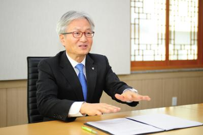 김기영 총장 인터뷰(이데일리) 사진