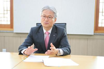 김기영 총장 매일경제 인터뷰 사진