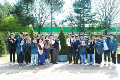 2018. 총학생회와 김기영 총장이 함께한 기념식수